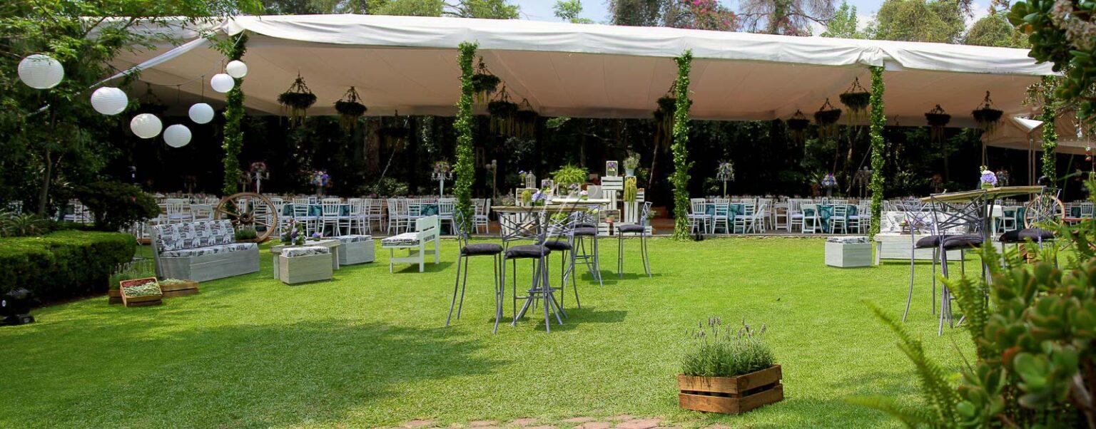 Arbol de fuego banquetes hada martens for Jardin eventos df